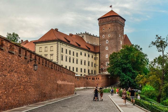 UM Kraków:                                       Zakaz działania dla Muzeum Czynu Niepodległościowego